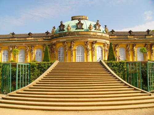 Дворецът Сан Суси